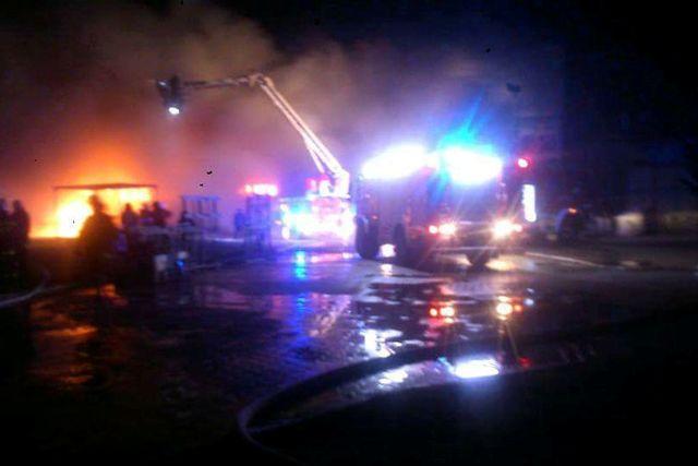 Fabryka okien w ogniu.