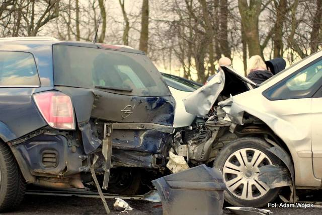 Wypadek na krajowej nr 11.