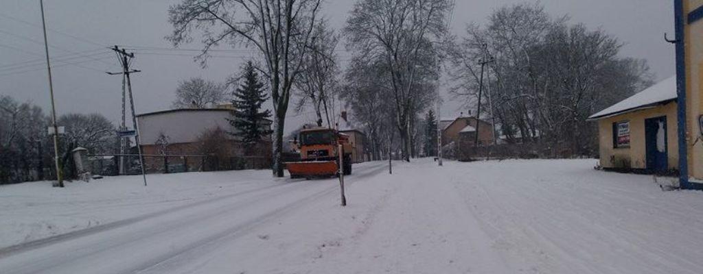 Akcja zima - drogi, chodniki na ternie miasta  - kto, za co odpowiada.