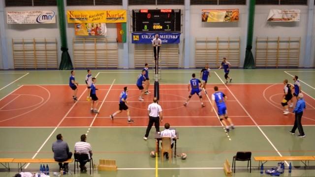 MKS OLIMP Łobez vs MKS MIESZKO Połczyn Zdrój 1:3 - piłka siatkowa III liga mężczyzn.