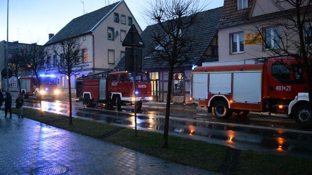 Interwencja straży pożarnej w centrum miasta.