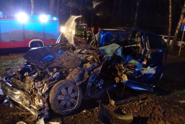Wypadek pod Wałczem. Nie żyje kierowca osobówki