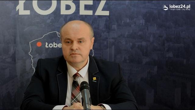Konferencja prasowa Burmistrza Łobza Piotra Ćwikły.