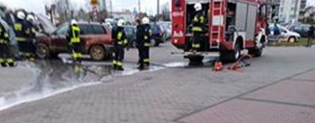 Węgorzyno: Zapaliła się instalacja w samochodzie.