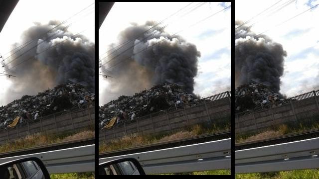 Świdwin: Pożar na terenie złomowiska.