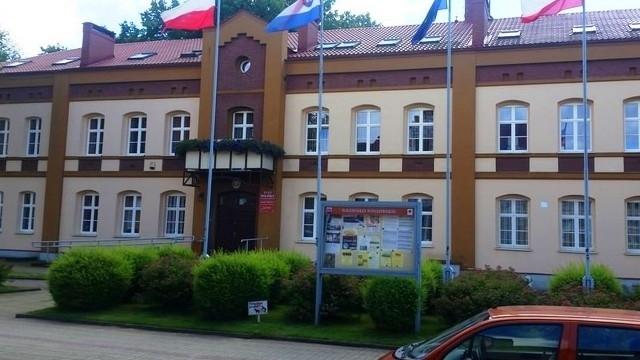 Burmistrz Drawska Pomorskiego usłyszał zarzuty i został zawieszony