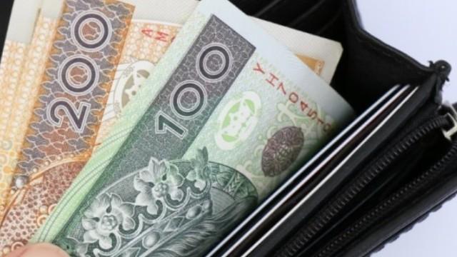 Znalazł portfel, w którym było 6 tys. zł. Oddał go właścicielowi