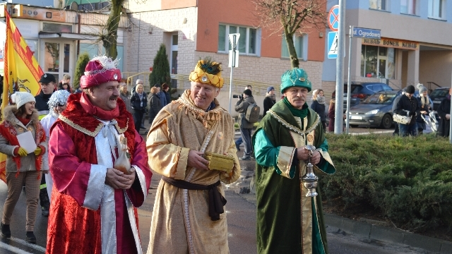 Orszak Trzech Króli w Łobzie.