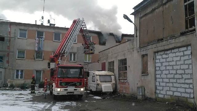 Mielno: Pożar w budynku socjalnym.