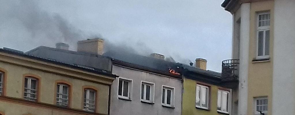 Karlino: Pożar poddasza