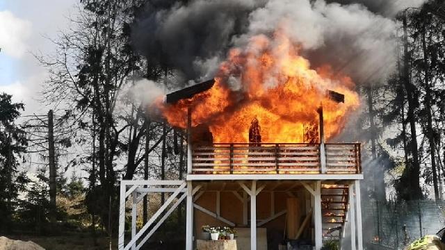 Drawsko Pomorskie. Spłonął drewniany domek letniskowy