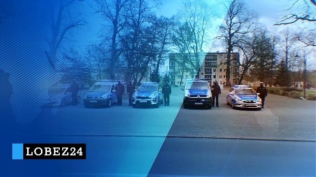 Łobescy policjanci oddali hołd zmarłemu koledze