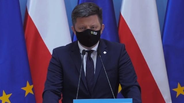 Dworczyk: wszyscy pełnoletni Polacy od niedzieli mogą rejestrować na szczepienie przeciw COVID-19